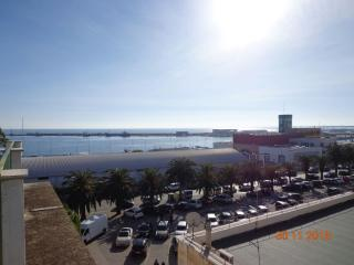2 bedroom Condo with A/C in Manfredonia - Manfredonia vacation rentals