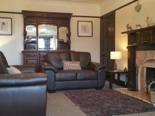 Spacious 4 bedroom Lamlash House with Internet Access - Lamlash vacation rentals