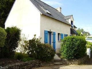 Lovely 2 bedroom House in Saint Gildas de Rhuys with Internet Access - Saint Gildas de Rhuys vacation rentals