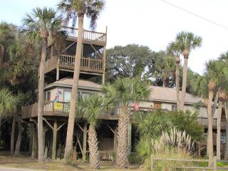 "419 Pompano St - ""All Decked Out"" - Edisto Beach vacation rentals"