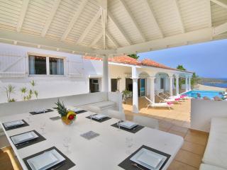 Villa Zipherine large affordable villa Pelican Key - Cole Bay vacation rentals