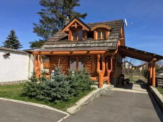 2 bedroom Cabin with Internet Access in Veľká Lomnica - Veľká Lomnica vacation rentals