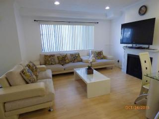 Nice House with A/C and Satellite Or Cable TV - Garden Grove vacation rentals