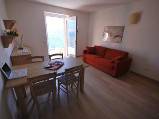 Confortevole Appartamento sulle Alpi Retiche - Civo vacation rentals