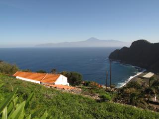 Casa Rural El Tabaibal - Vista Pico del Teide - Hermigua vacation rentals