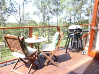 Gorgeous 1 bedroom House in Petrie - Petrie vacation rentals