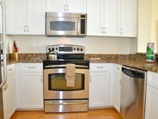 1 bedroom Condo with Internet Access in Quincy - Quincy vacation rentals