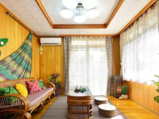 3 bedroom House with Internet Access in Chatan-cho - Chatan-cho vacation rentals
