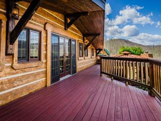 OVR's Timber Ridge-Gorgeous Lodge located ON the GAP Trail in Confluence! - Confluence vacation rentals