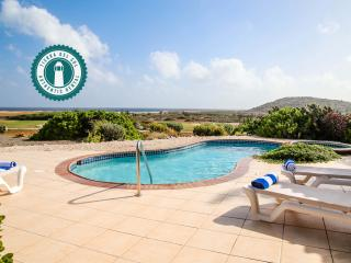 Trinitaria 21, 2-BDR Villa with pool, enjoy free full services! - Noord vacation rentals