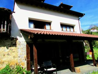 Perfect 3 bedroom House in Asturias - Asturias vacation rentals