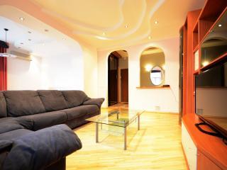 Aparton| Premium Thour-room Apartment - Minsk vacation rentals