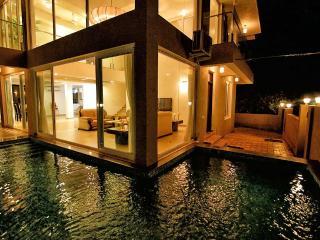 4 Bed Pool Villa in Baga - Baga vacation rentals