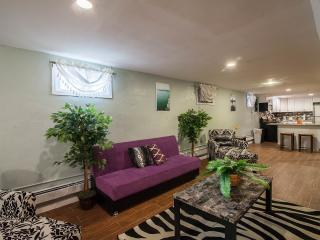 Perfect 2 bedroom House in Brooklyn - Brooklyn vacation rentals