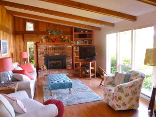 Toss Your Cares Away at Beverly Beach! - Newport vacation rentals
