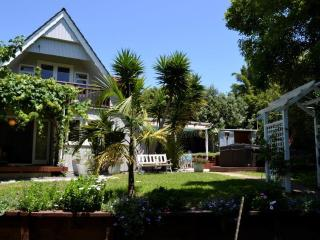 Shelly Beach Sunshine - Ostend vacation rentals