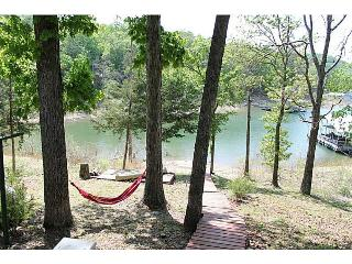 Chalet Retreat, Charming Beaver Lakefront Cottage - Rogers vacation rentals