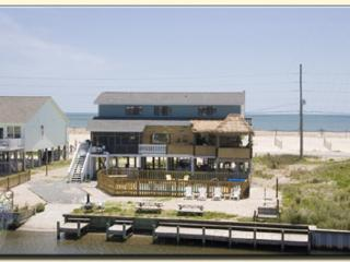 Tiki House, Private pool, hot tub, dock, tiki bar - North Topsail Beach vacation rentals