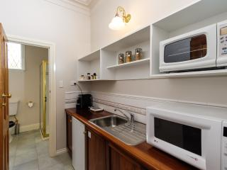 Romantic B&B with Kettle and Long Term Rentals Allowed - Traralgon vacation rentals