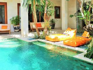 Nice 2 bedroom Close Living Villa Seminyak Central - Seminyak vacation rentals