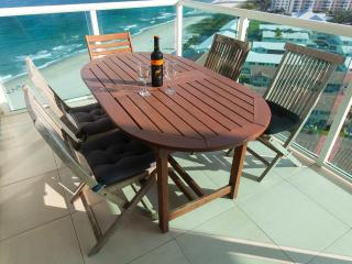 On the Sand - BEACH FRONT 1+1.5  bath Condo wFabulous Ocean Views - Lauderdale by the Sea vacation rentals