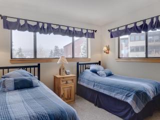 2 Bedroom, 2 Bathroom House in Breckenridge  (01B) - Breckenridge vacation rentals