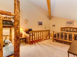 2 Bedroom, 2 Bathroom House in Breckenridge  (04F) - Breckenridge vacation rentals