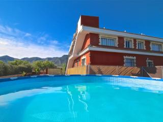 Quality apartments in large country house - Alhaurin el Grande vacation rentals