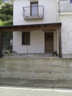 Nice 2 bedroom Baunei Condo with Internet Access - Baunei vacation rentals