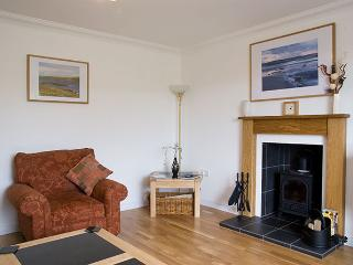 2 bedroom House with Internet Access in Lochmaddy - Lochmaddy vacation rentals