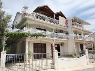 Apartments HRABAR[A2],TROGIR - 500m to old center - Trogir vacation rentals