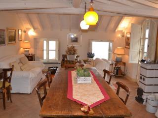 Cozy 3 bedroom Villa in Montemarcello - Montemarcello vacation rentals