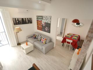 Family Apartment T3Duplex Alcantara - Lisbon vacation rentals