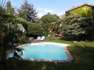 Maison en pleine nature avec piscine privée - Le Crestet vacation rentals
