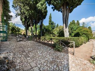 """Masseria San Giovanni Sgadari """"Formaggiaia B"""" - Petralia Soprana vacation rentals"""