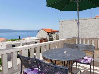 Lovely 2 bedroom Apartment in Bol - Bol vacation rentals