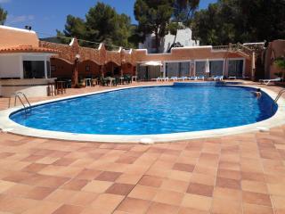 APPARTEMENT DANS RESIDENCE PRIVEE - CALA VEDELLA - Cala Vadella vacation rentals