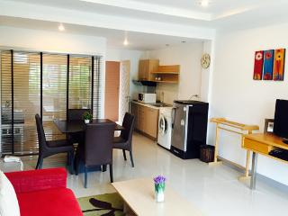 Spacious 2 Bedrooms Family Apartment, Phuket - Phuket Town vacation rentals