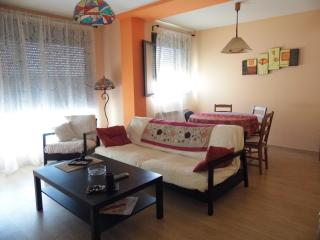 2 bedroom Condo with Internet Access in Caspe - Caspe vacation rentals