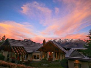 Valhalla Lodge - Queenstown vacation rentals