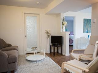 Adorable, Modern Suite in a Quiet Neighborhood - Nelson vacation rentals