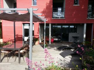 Nice 4 bedroom Bed and Breakfast in Paimpol - Paimpol vacation rentals