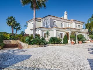 Perfect 5 bedroom Villa in Quinta do Lago with Internet Access - Quinta do Lago vacation rentals