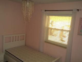 Nice 3 bedroom House in Burlington - Burlington vacation rentals