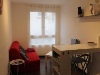 Studio meublé  rdc centre ville , proche port Rhu - Douarnenez vacation rentals