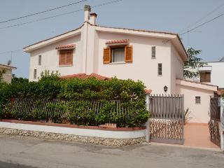 Villa Ciccia, Marina di Leporano, Canneto Beach - Leporano vacation rentals