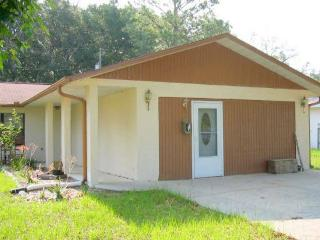 Private Entry, 1 Bedroom Apt, Fully furnished - Dunnellon vacation rentals