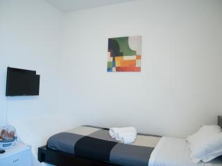 B&B Orio easy airport - Double Room n.3 - Zanica vacation rentals