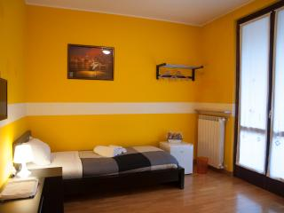 B&B Orio easy airport - Double Room n.1 - Zanica vacation rentals