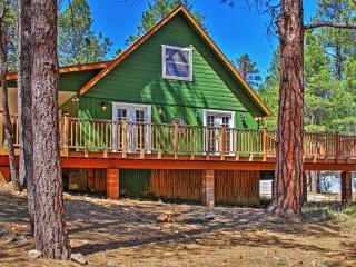 Warm & Wonderful 3BR Happy Jack Cabin in Coconino Nat'l Forest w/Big Wraparound Porch & Updated Kitchen - Near Blue Ridge Reservoir, Great Fishing, Hunting, Antiquing & More! - Happy Jack vacation rentals